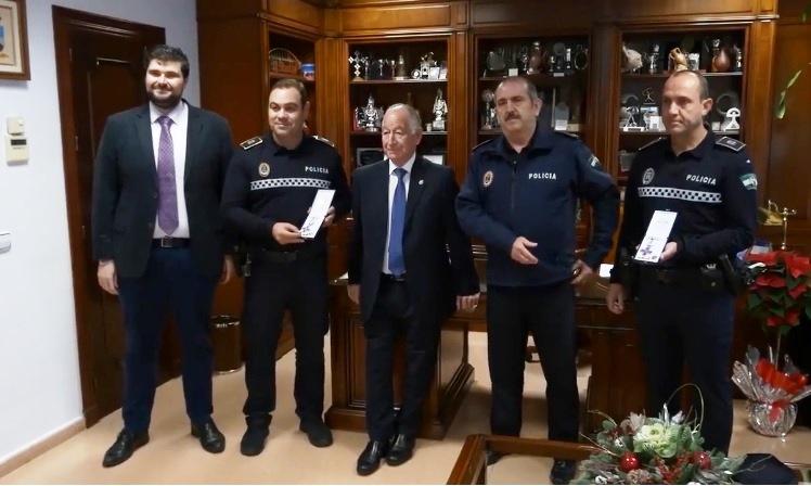 Condecorados miembros de la Policía Local de Roquetas de Mar